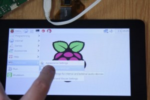 RaspberryPiFoundationTouchscreen1